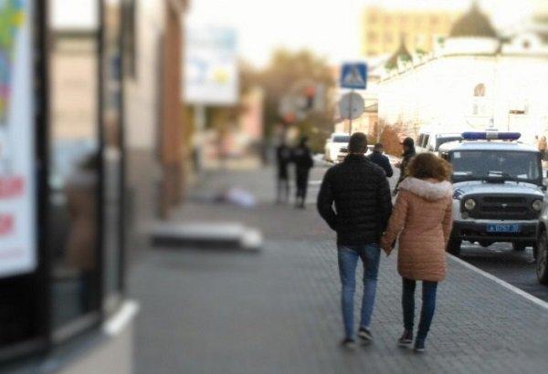 Вцентре Астрахани наулице вдруг скончалась женщина