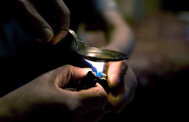 ВРостовской области задержали 2-х продавцов героина вособо крупных размерах