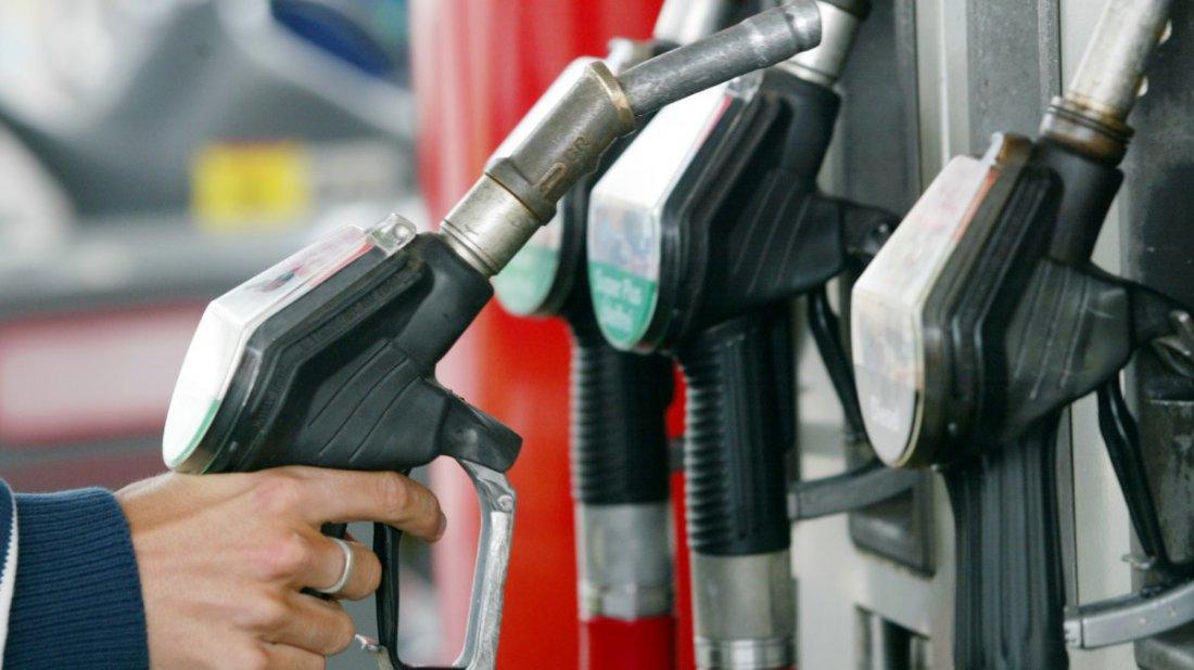 ВВолгограде экс-сотрудники МЧС идут под суд завзятки бензином