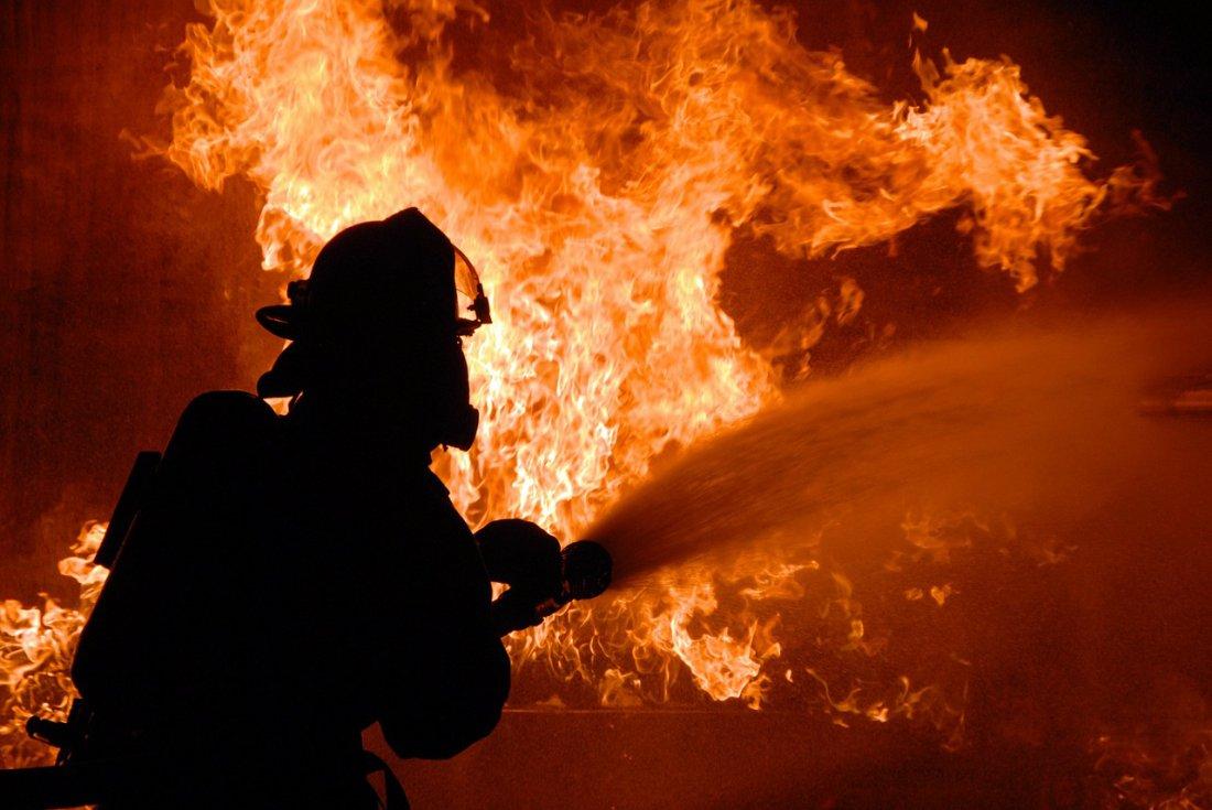 Напожаре вАстраханской области найден труп мужчины