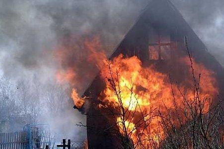 За сутки при пожарах в Волгоградской области погибли двое мужчин