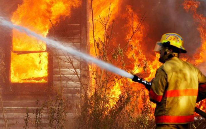 При пожаре под Волгоградом умер 3-летний ребенок