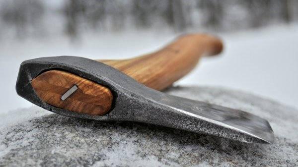 Гражданин Волгоградской области убил глухого соседа тесаком изакопал тело впогребе