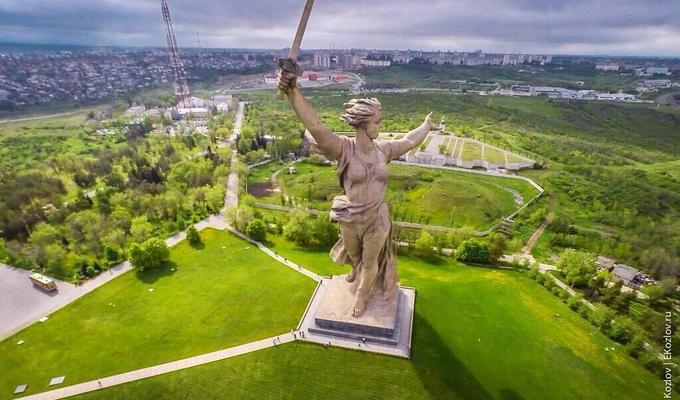 Памятник «Родина-мать зовёт» починят за2 млрд. руб.