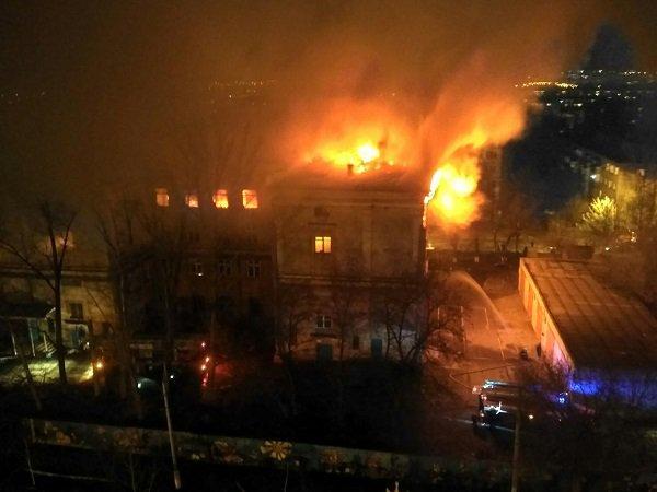 ВКрасноармейском районе сгорело строение прежнего учебного центра