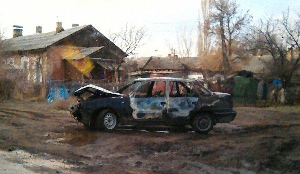 Наюге Волгограда встрашном ДТП сгорела иностранная машина