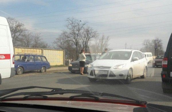 ВВолгограде шофёр иномарки сбил 2-х пешеходов