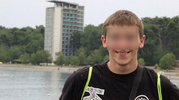 Полицейского подозревают вкраже презервативов иэпилятора