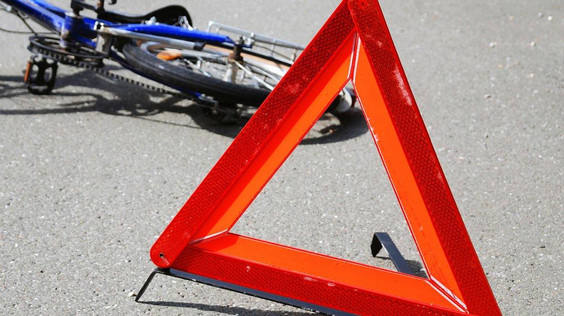 ВВолгограде шофёр сбил пенсионерку навелосипеде иудрал сместа ДТП