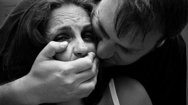 ВВолгоградской области изнасиловали многодетную мать