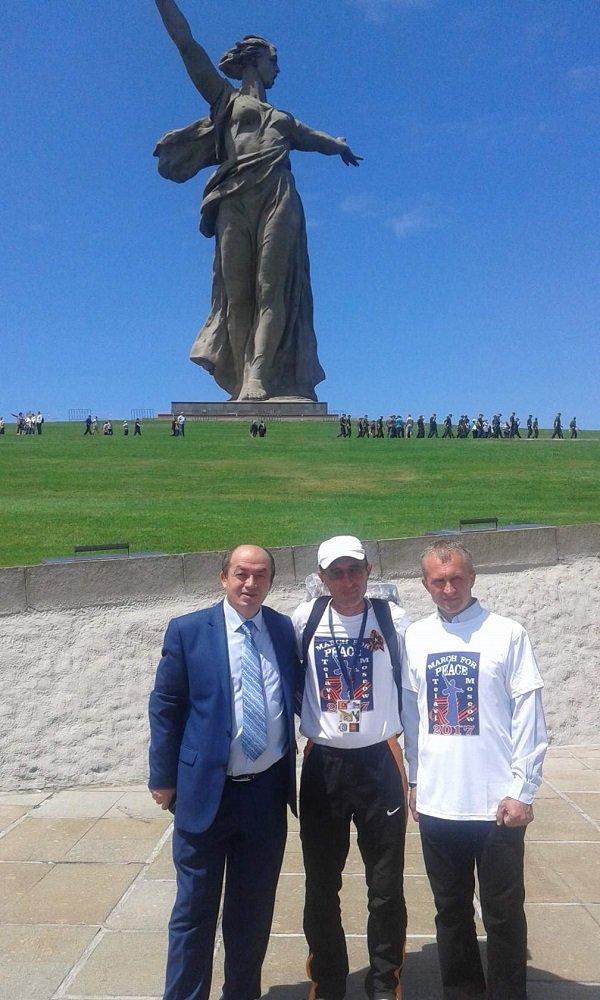 Пушественник из Грузии дошел до Волгограда пешком